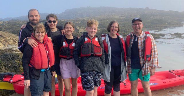 une sortie en kayak avec une belle brume de beau temps autour de l'Île Callot